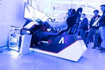 Il simulatore di guida in bella mostra nella sezione gaming